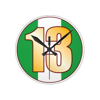 ナイジェリアの13金ゴールド ラウンド壁時計