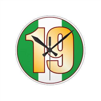 ナイジェリアの19金ゴールド ラウンド壁時計