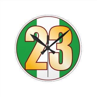 ナイジェリアの23金ゴールド ラウンド壁時計
