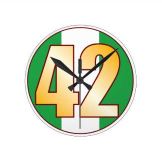 ナイジェリアの42金ゴールド ラウンド壁時計