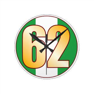 ナイジェリアの62金ゴールド ラウンド壁時計