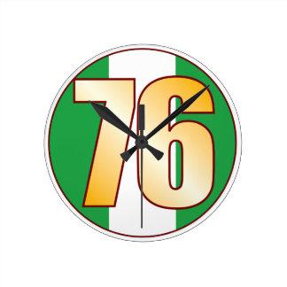 ナイジェリアの76金ゴールド ラウンド壁時計