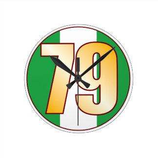 ナイジェリアの79金ゴールド ラウンド壁時計