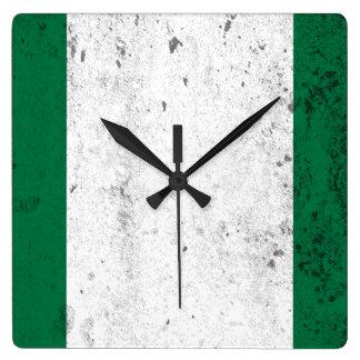 ナイジェリア スクエア壁時計
