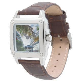 ナッサウの船の横 腕時計