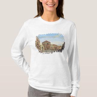 ナポレオンベニスのレガッタで司会するI Tシャツ