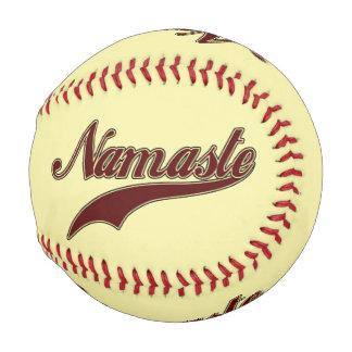 ナマステのスタイリッシュな赤の広場の螺線形パターン ベースボール
