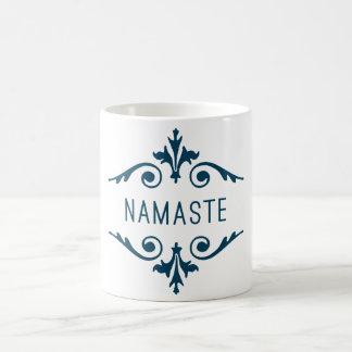 ナマステのヨガのフィットネスの刺激のタイポグラフィ コーヒーマグカップ
