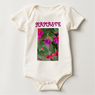 ナマステの幼児onsieのクリーパー ベビーボディスーツ