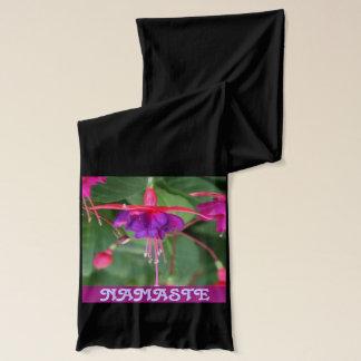 ナマステの暗い赤紫色のスカーフ スカーフ