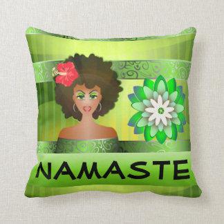 ナマステの正方形の枕 クッション