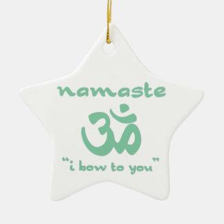 ナマステ-私はあなたに曲がります(緑で) セラミックオーナメント