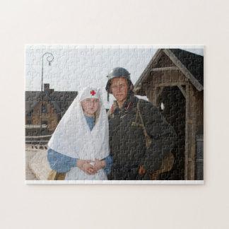 ナースおよび兵士が付いているレトロによってスタイルを作られる写真 ジグソーパズル
