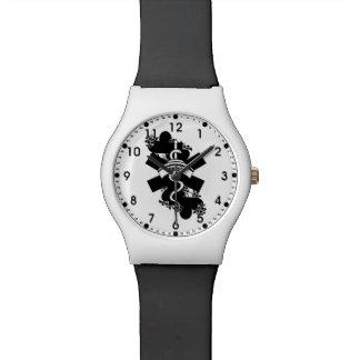 ナースのハートの入れ墨 腕時計