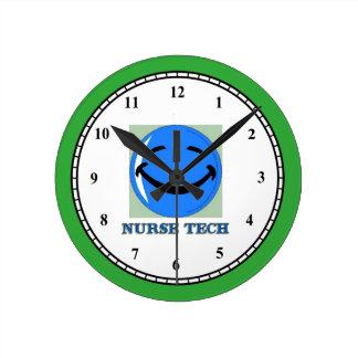 ナースの技術の幸せな顔 ラウンド壁時計
