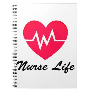 ナースの生命赤いEKGハートのメモ帳 ノートブック