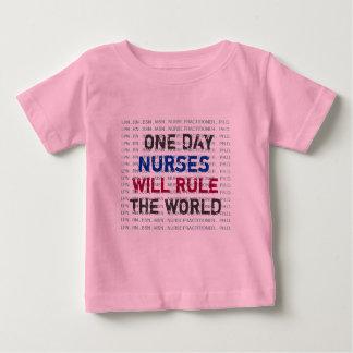 ナースは世界のベビーのTシャツを支配します ベビーTシャツ