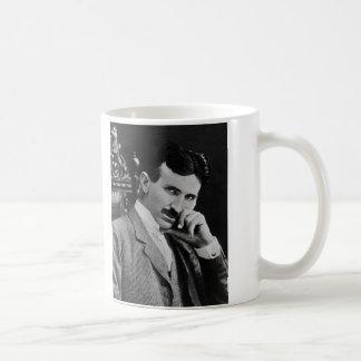 ニコラ・テスラのポートレート コーヒーマグカップ