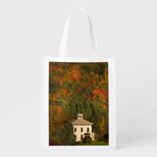ニューイングランドの秋の家のエコバッグ エコバッグ