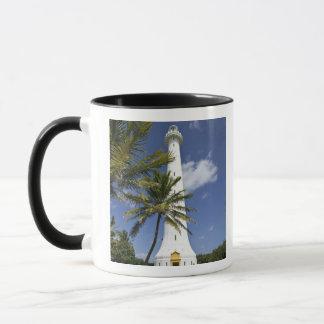 ニューカレドニアのAmedeeの小島。 Amedeeの小島 マグカップ