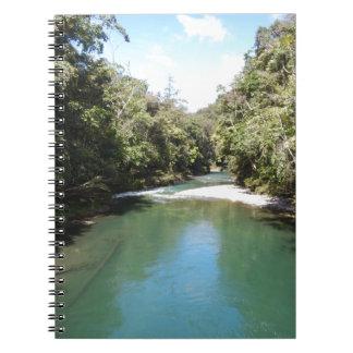 ニューギニアの熱帯雨林そして川 ノートブック