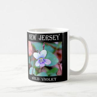 ニュージャージーの共通のバイオレット コーヒーマグカップ