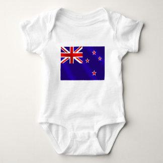 ニュージーランドのキーウィのギフトのニュージーランド人の旗 ベビーボディスーツ