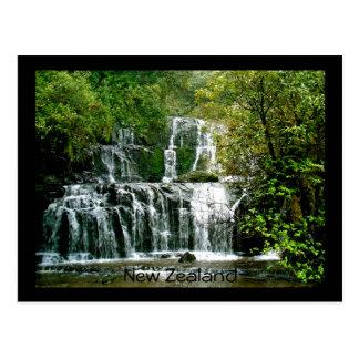 ニュージーランドの滝- Purakaunuiの滝 ポストカード