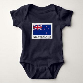 ニュージーランド ベビーボディスーツ