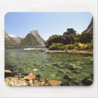 ニュージーランド、留め釘ピーク、及びBowenの川の入ること マウスパッド