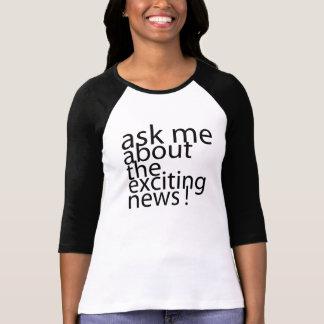 ニュース妊娠の発表のティーを共有して下さい Tシャツ