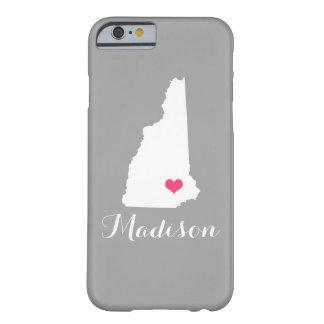 ニューハンプシャーのハートの灰色のカスタムなモノグラム BARELY THERE iPhone 6 ケース