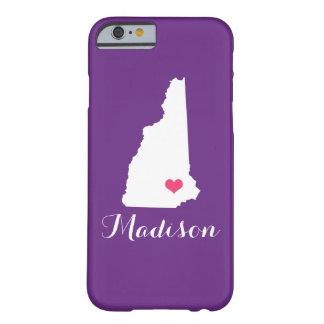 ニューハンプシャーのハートの紫色のカスタムなモノグラム BARELY THERE iPhone 6 ケース