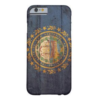 ニューハンプシャーの古い木の旗; BARELY THERE iPhone 6 ケース