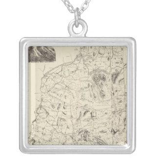ニューハンプシャー1816年の地図 シルバープレートネックレス