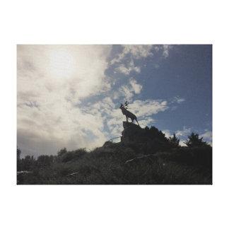ニューファウンドランドの記念公園のカリブーの記念物 キャンバスプリント
