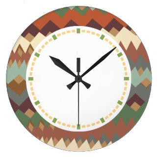 ニューメキシコの緑およびブラウンのジグザグ形のカムフラージュ ラージ壁時計