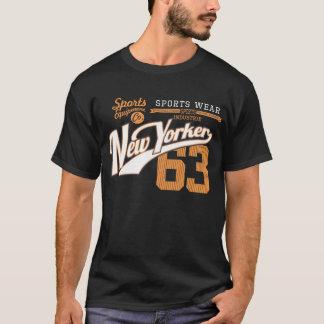 ニューヨーカーのスポーツの衣服 Tシャツ