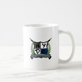 ニューヨークのドリルの競争のマグ コーヒーマグカップ