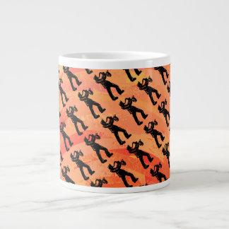 ニューヨークのブギウギ夜サクソフォーンのオレンジ ジャンボコーヒーマグカップ