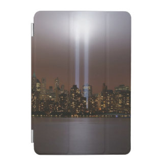ニューヨークのライトの世界貿易センター捧げ物。 iPad MINIカバー