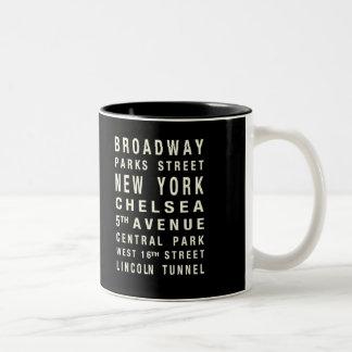 ニューヨークの列車のマグ ツートーンマグカップ
