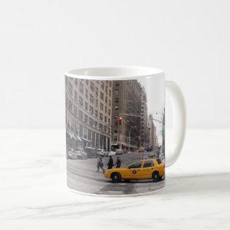 ニューヨークの黄色いタクシー コーヒーマグカップ