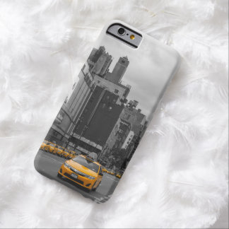 ニューヨークの黄色いタクシー BARELY THERE iPhone 6 ケース