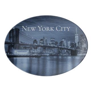 ニューヨークシティのスカイラインの北極青 磁器大皿