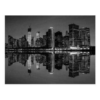 ニューヨークシティのスカイラインの景色の写真 ポストカード
