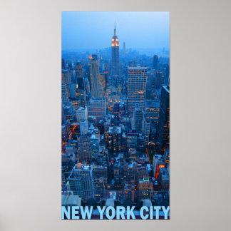 ニューヨークシティのスカイラインポスター(帝国国家) ポスター