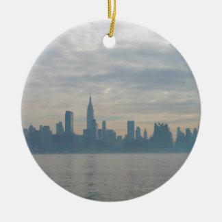 ニューヨークシティのスカイライン セラミックオーナメント