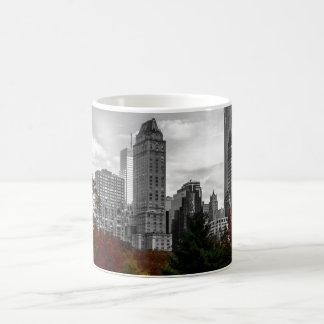 ニューヨークシティのセントラル・パークからの眺め コーヒーマグカップ
