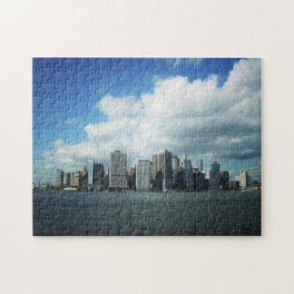 ニューヨークシティのパズル-都市スカイラインおよび青空 ジグソーパズル